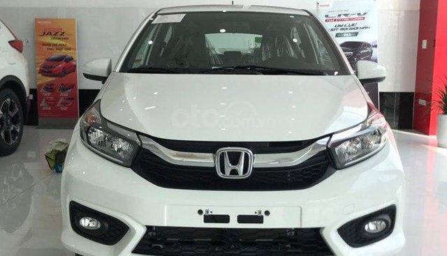Bán Honda Brio V màu trắng, giá tốt, chỉ cần 130tr nhận xe, còn vài xe