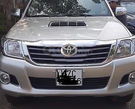 Cần bán Toyota Hilux đời 2013, xe nhập