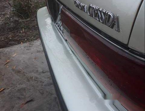 Cần bán gấp Toyota Cressida đời 1995, màu trắng, xe chất, hoạt động ổn định, không hư hỏng vặt