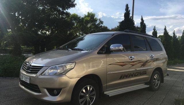 Bán Innova E đời 2012, màu vàng cát, chính chủ Hà Nội từ đầu