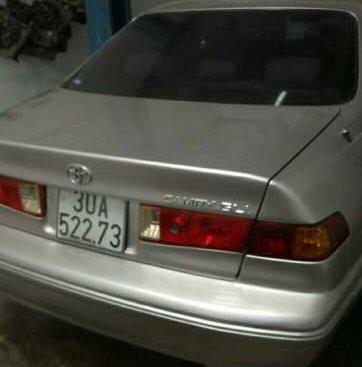 Bán xe Toyota Camry 2001, nhập khẩu, máy móc ngon, điều hòa mở lạnh cóng