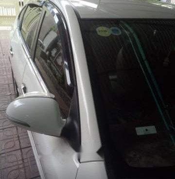 Chính chủ bán Hyundai Avante sản xuất năm 2015, màu trắng
