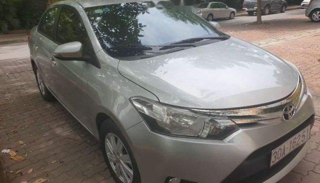 Bán xe Toyota Vios E đời 2014, màu bạc, giá tốt