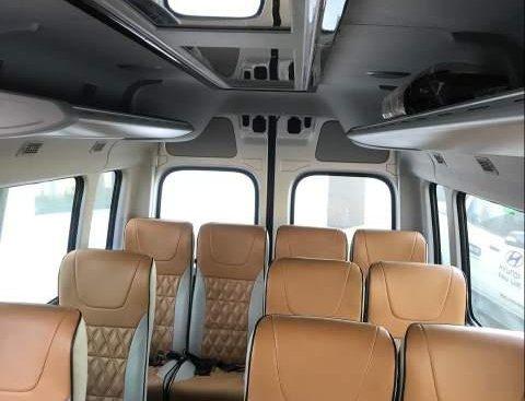 Cần bán xe Hyundai Solati sản xuất năm 2019, nhập khẩu