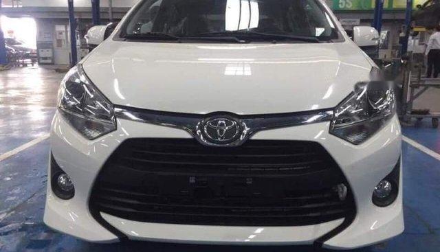 Bán Toyota Wigo MT đời 2019, màu trắng, nhập khẩu
