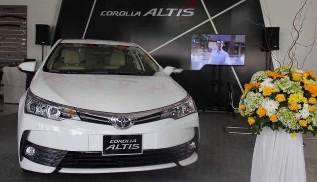 Bán Toyota Altis 1.8G chỉ với 200 triệu đồng