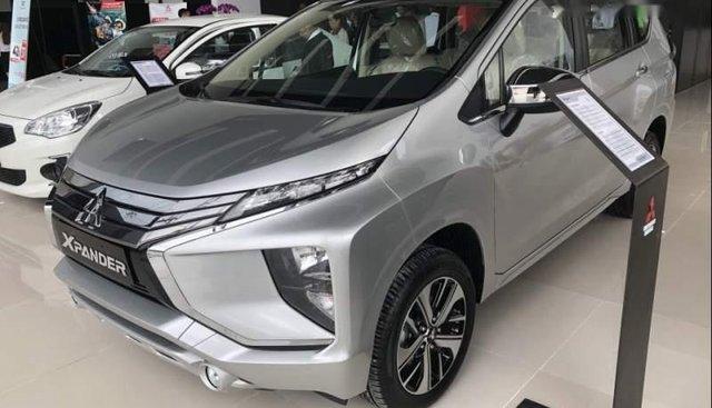 Bán Mitsubishi Xpander 2019, màu bạc, nhập khẩu
