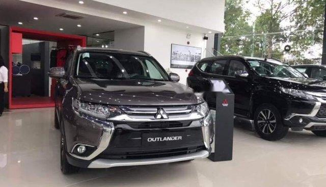 Bán ô tô Mitsubishi Outlander đời 2019, xe nhập giá cạnh tranh
