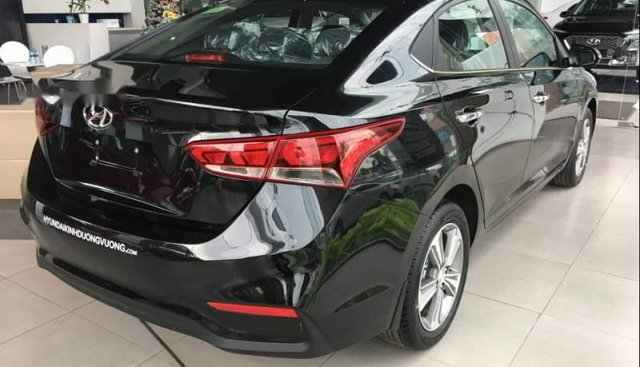 Bán Hyundai Accent 1.4 AT đặc biệt mẫu mới 2019 được nâng cấp cửa gió hàng ghế sau và ăng ten đuôi cá
