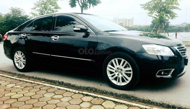 Cần bán xe Camry 3.5Q, 2009, số tự động, màu đen, nhà sử dụng kỹ