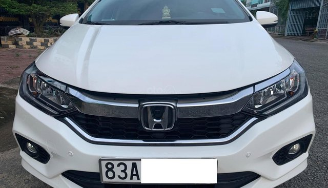 Bán xe Honda City V-CVT sản xuất năm 2017, màu trắng, giá 535tr