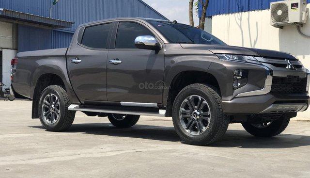 Cần bán Mitsubishi Triton đời 2019, màu nâu, nhập khẩu, giao trong tháng 7 với nhiều ưu đãi hấp dẫn