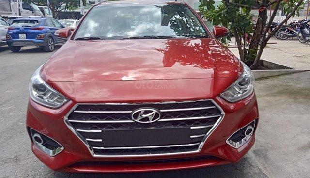 Lô xe mới về Hyundai Accent 1.4MT full đỏ, ngân hàng hỗ trợ 90%, trả trước 110 tr