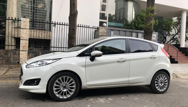 Ford Fiesta bản cao cấp 1.0 AT Ecoboost mode 2015