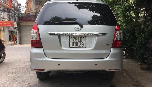 Bán xe Toyota Innova E sản xuất 2014, giá tốt