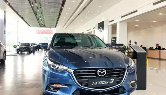 Cần bán xe Mazda 3 sản xuất năm 2019, màu xanh lam, giá 649tr