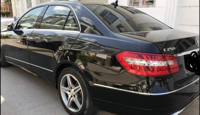 Bán Mercedes E250 đời 2010, màu đen