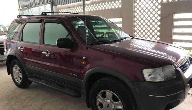 Cần bán gấp Ford Escape AT năm sản xuất 2002, màu đỏ, nhập khẩu