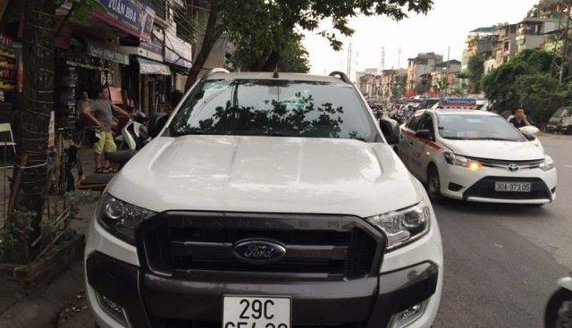 Cần bán xe Ford Ranger đời 2016, màu trắng, xe nhập, giá chỉ 700 triệu