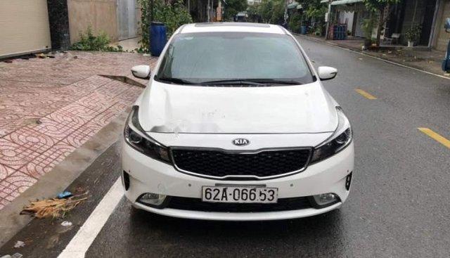 Cần bán lại xe Kia Cerato năm 2016, màu trắng
