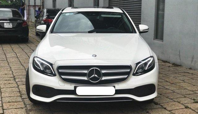 Mercedes E250 màu trắng qua sử dụng chính hãng, Chỉ 800tr nhận xe ngay
