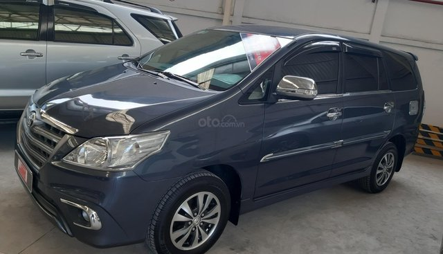 Bán Toyota Innova 2.0E đời 2015, giá giảm mạnh