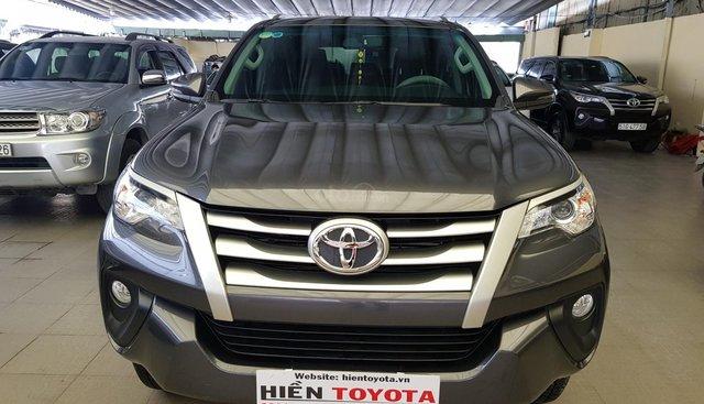 Bán Toyota Fortuner 2.4G, màu xám (ghi), nhập khẩu nguyên chiếc
