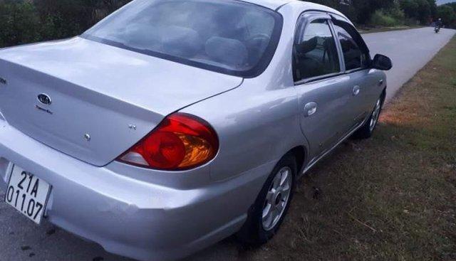 Cần bán xe Kia Spectra đời 2004, màu bạc, nhập khẩu, giá 115tr