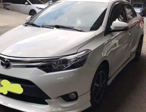 Bán xe Toyota Vios TRD năm 2017, màu trắng, giá chỉ 520 triệu