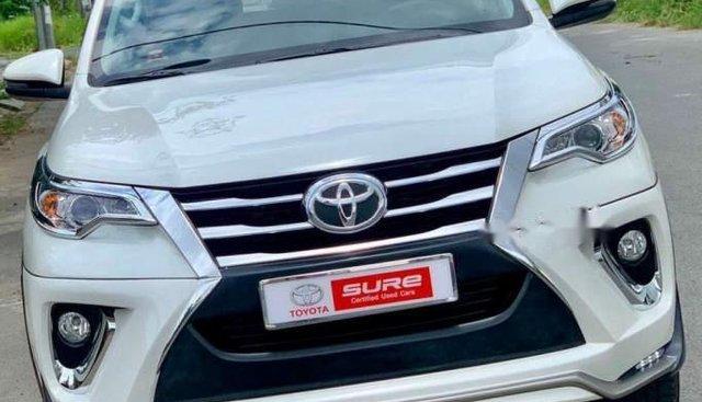 Bán xe Toyota Fortuner năm 2018, màu trắng, nhập khẩu