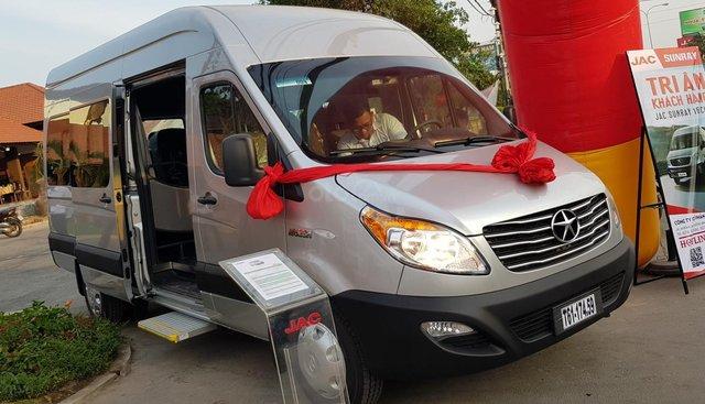 Bán xe du lịch 16 chỗ, nhãn hiệu JAC M628 nhập khẩu, giá tốt bảo hành 5 năm