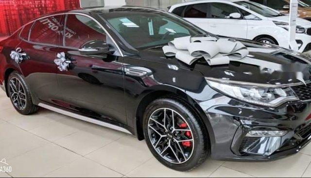 Cần bán xe Kia Optima đời 2019, màu đen
