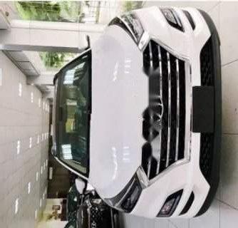Bán xe Hyundai Tucson 2.0AT năm sản xuất 2019, màu trắng