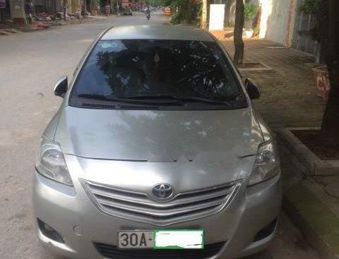Bán Toyota Vios sản xuất năm 2009, màu bạc số sàn