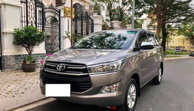 Bán Toyota Innova 2.0E sản xuất 2018, nhập khẩu nguyên chiếc, xe gia đình, giá tốt