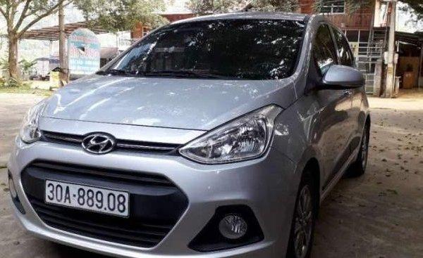 Bán lại xe Hyundai Grand i10 đời 2015, màu bạc, nhập khẩu 1 đầu