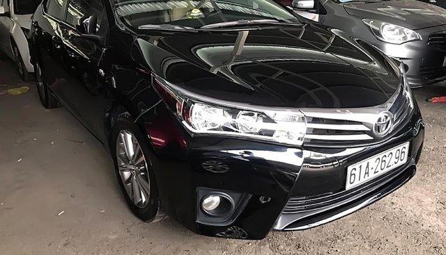 Bán Toyota Corolla altis năm 2016, màu đen, xe gia đình