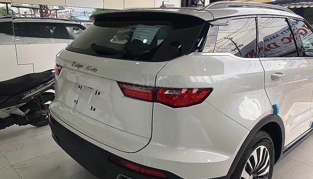 Bán Zotye Z8 2.0 AT đời 2019, màu trắng, xe nhập