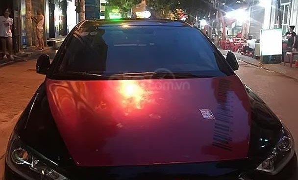 Bán xe Hyundai Elantra năm 2018, màu đỏ, nữ đi nên rất giữ gìn