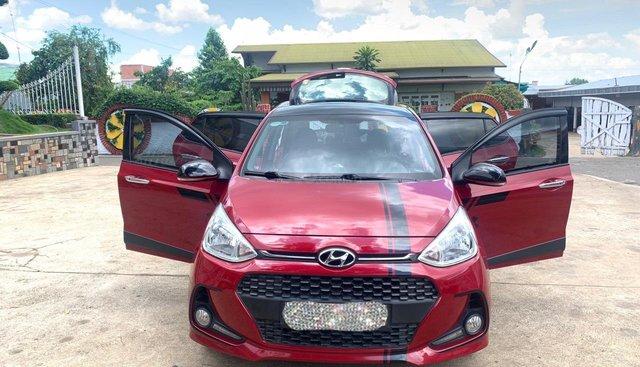 Cần bán Hyundai Grand i10 1.2 AT HB đỏ đời 2017, xe đẹp giá tốt, LH 0903 175 312