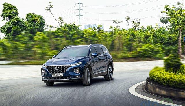 Đánh giá xe Hyundai Santa Fe 2019: Một chiếc Crossover đã đẹp lại còn nhiều công nghệ