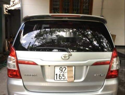 Chính chủ bán Toyota Innova 2.0E 2015, màu bạc