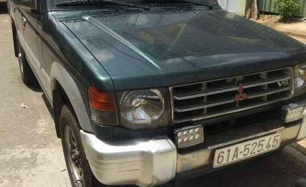 Bán Mitsubishi Pajero 3.0 đời 2004, nhập khẩu, giá tốt