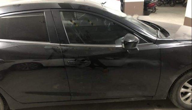 Bán Mazda 3 năm sản xuất 2017, màu đen