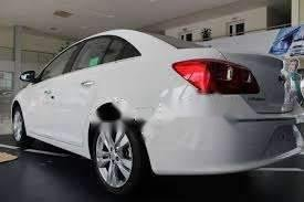 Bán Chevrolet Cruze LTZ năm 2018, màu trắng, nhập khẩu, giá chỉ 460 triệu
