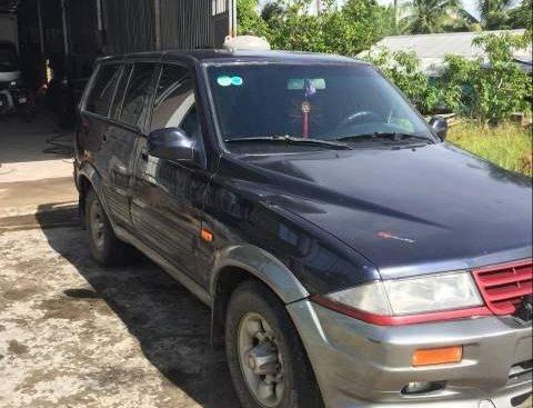 Bán xe Ssangyong Musso đời 1998, 7 chỗ, máy dầu