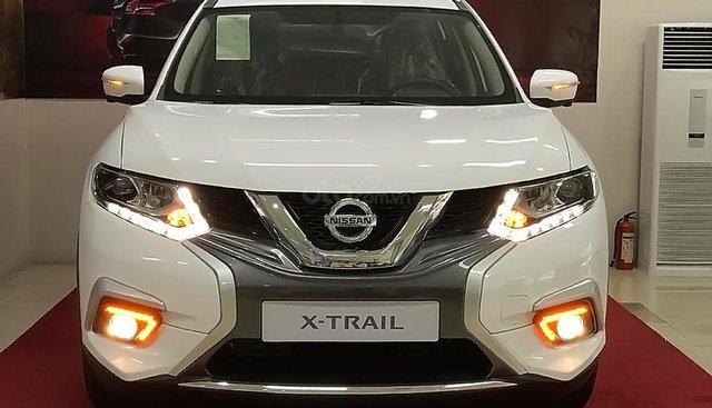 Bán Nissan X trail V Series 2.0 SL Luxury đời 2019, màu trắng