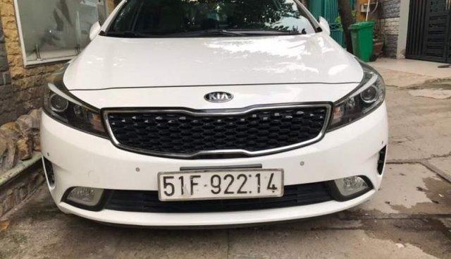 Bán xe Kia Cerato 2.0AT đời 2016, màu trắng