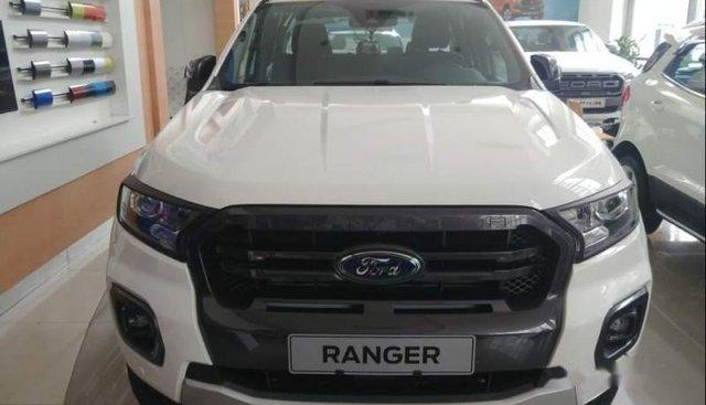 Bán Ford Ranger Wildtrak đời 2019, màu trắng, nhập khẩu Thái