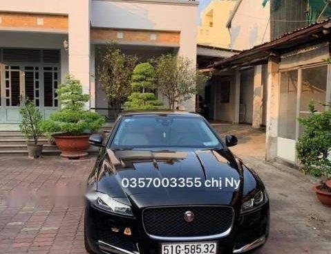 Cần bán Jaguar XF 2.0 năm 2018, màu đen, nhập khẩu nguyên chiếc